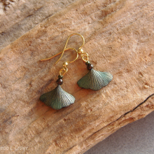 gingko_green_gold_earrings_1151_wc_s.jpg