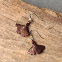 ginkgo_coppery_earrings_wc_416_s.jpg