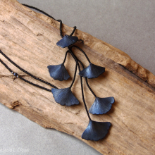 ginkgo_necklace_blue_wc_2301_s.jpg