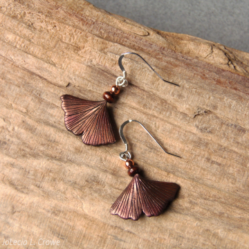 Metallic copper ginkgo