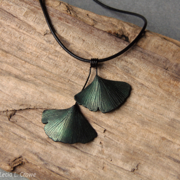 Metallic green ginkgo